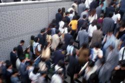 【帰宅困難者にならない為に】東急電鉄の震災ハンドブックには、緊急停車後から運行再開までの基準がはっきりと書いてあった!
