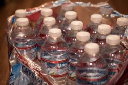 【失敗しない水の備蓄】ミネラルウォーターでの備蓄が続かなかった人でも出来る、超簡単な備蓄方法とは?
